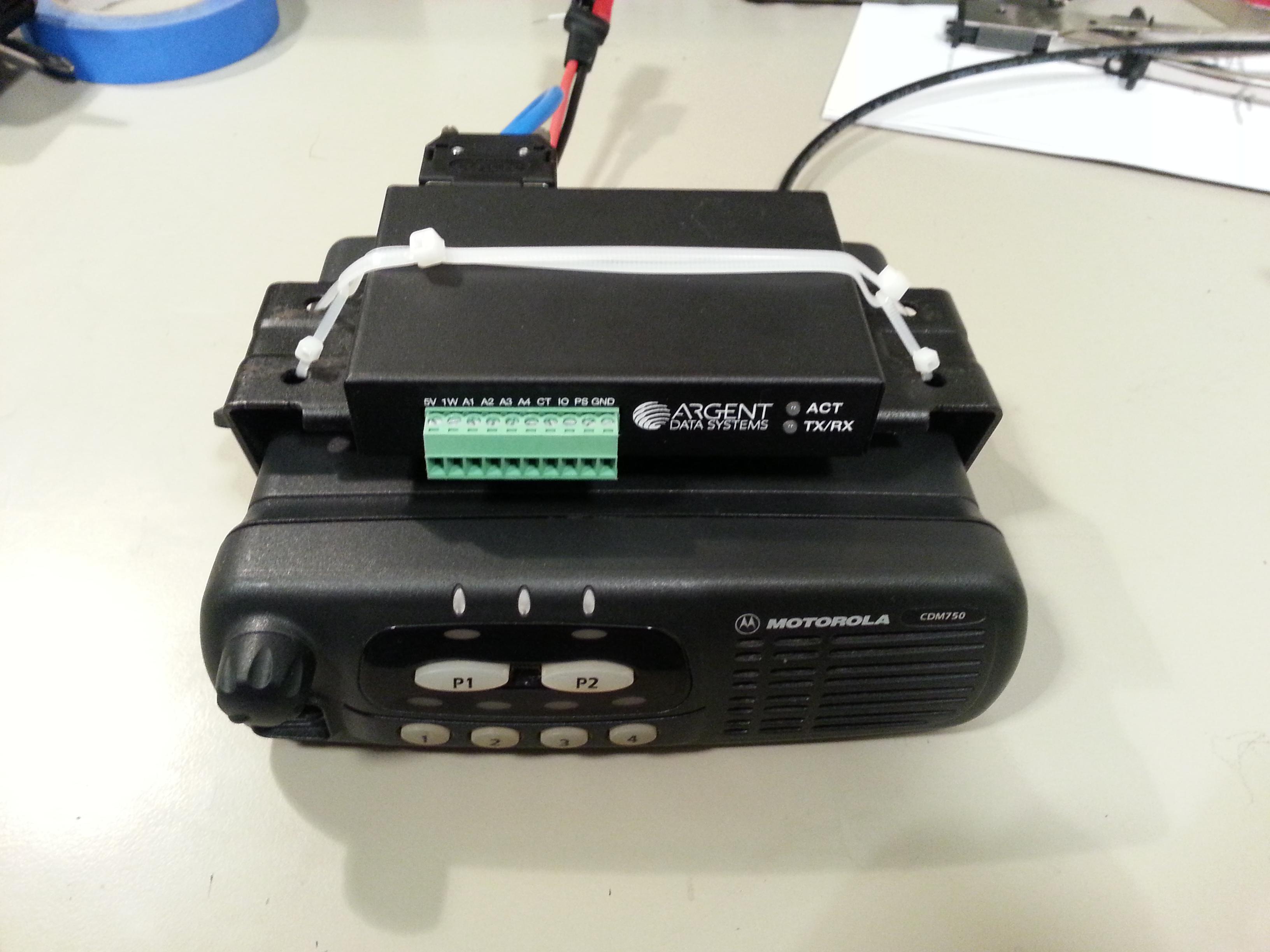 Motorola CDM750 plus OT3m front view